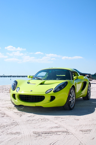 Lotus Elise IPhone Wallpaper