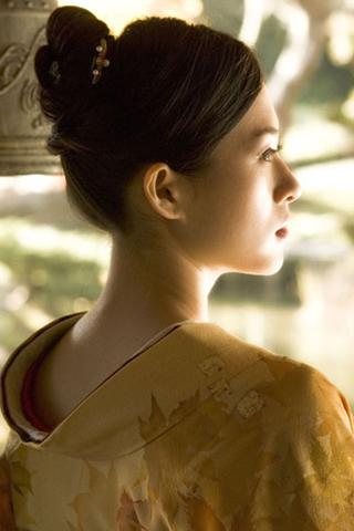 Zhang Ziyi iPhone Wallpaper