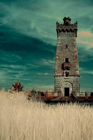 Bismarck Tower iPhone Wallpaper