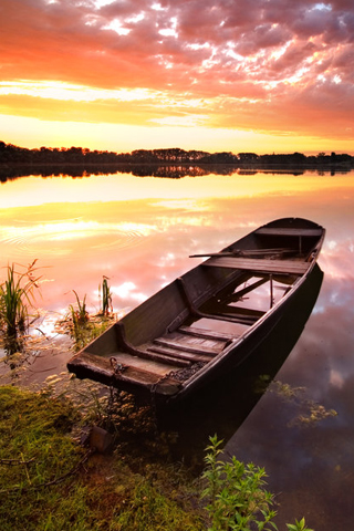 Boat on Lake iPhone Wallpaper