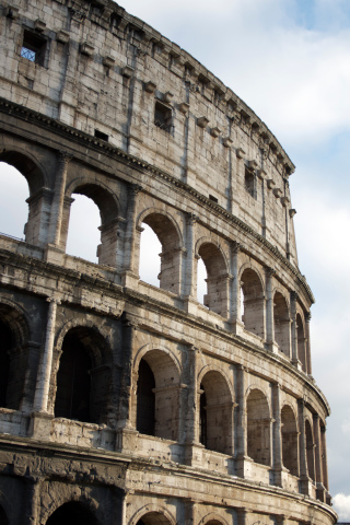 Colosseum Facade iPhone Wallpaper