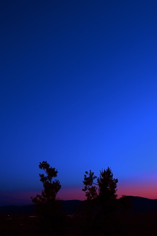 Clear Evening Sky iPhone Wallpaper