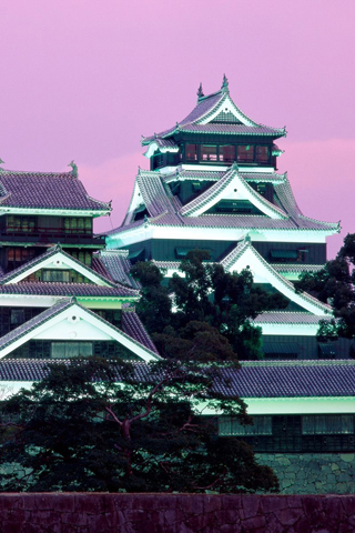 Kumanoto Castle, Japan iPhone Wallpaper