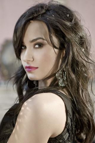 Demi Lovato iPhone Wallpaper