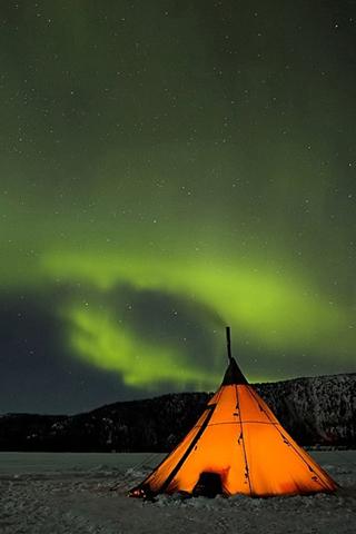 Cold Night - Eskil Olsen iPhone Wallpaper