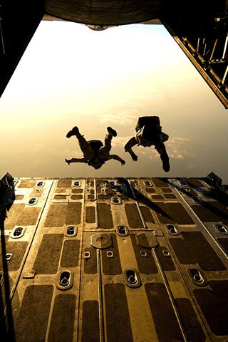 Paratroopers iPhone Wallpaper