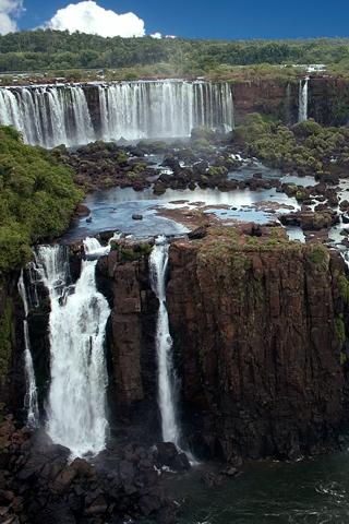 Iguazu Falls iPhone Wallpaper
