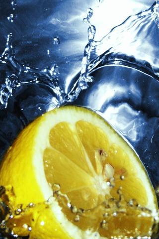 A Splash of Lemon iPhone Wallpaper