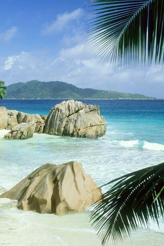 La Digue, Islands of Seychelles iPhone Wallpaper