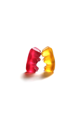 Gummy Bear Kiss iPhone Wallpaper