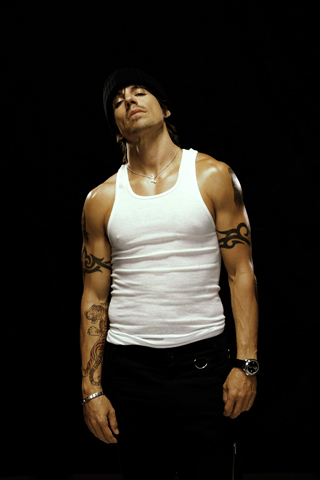 Anthony Kiedis - Red Hot Chili Peppers iPhone Wallpaper