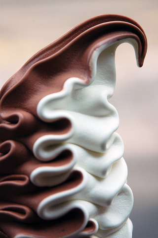 Ice Cream iPhone Wallpaper
