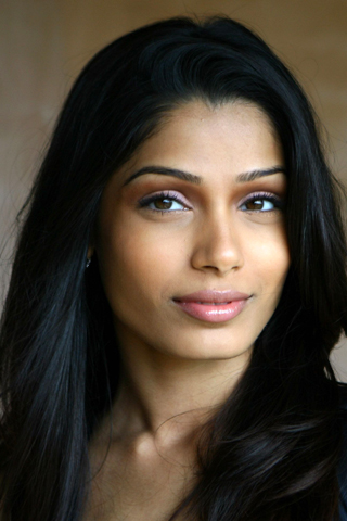 Freida Pinto iPhone Wallpaper