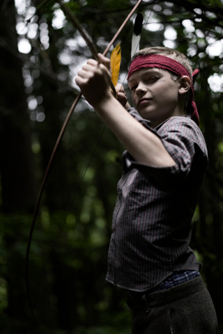 Young Robin Hood iPhone Wallpaper