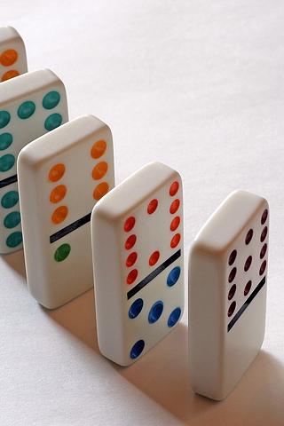 Dominos iPhone Wallpaper