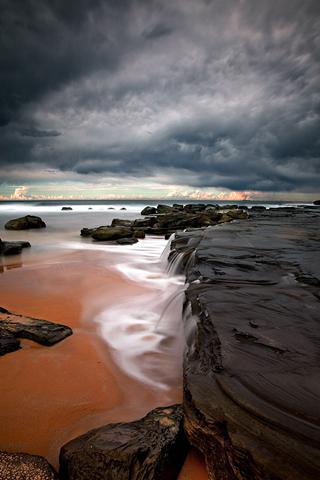 Beach Ledge iPhone Wallpaper