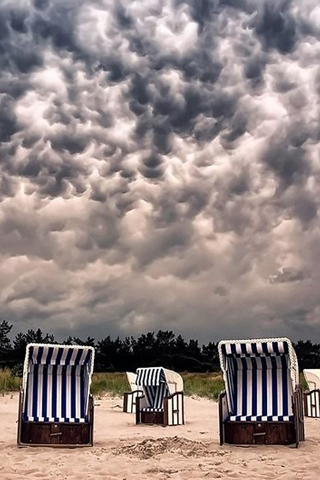 Cloudy Beach iPhone Wallpaper