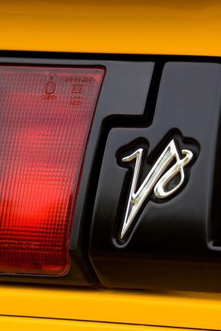 Lotus V8 Badge iPhone Wallpaper