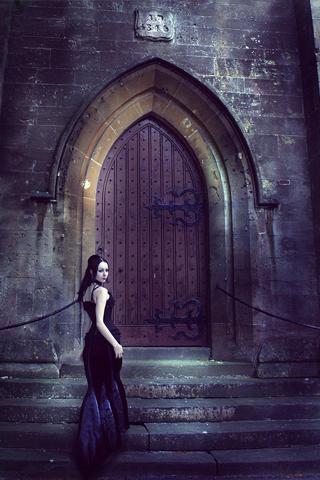 Cathedral Door iPhone Wallpaper