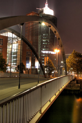 City Bridge iPhone Wallpaper