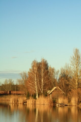 Small Cottage iPhone Wallpaper