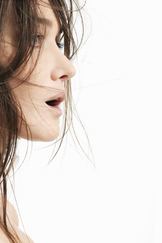 Carla Bruni iPhone Wallpaper